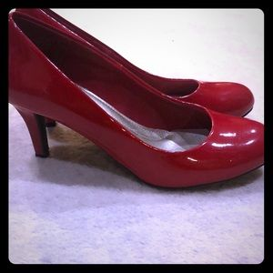 Comfort Plus red patent leather pumps - brand new